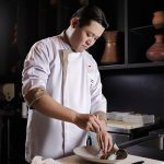 chef-tomoaki-ito-preparation